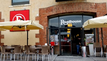 Roadhouse Restaurant:  in estate record di aperture